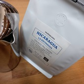 Představujeme další naturálku ze střední Ameriky 👍😍☕Tentokrát je to Red Bourbon z nikaragujské farmy 👉La Escondida👈 V šálku ☕ lesní ovoce a višně 🍒 s čokoládou🍫 Dáme sicafe? ☕🤗🥰 . . . #sicafe #sicafecz #prazirna #specialtycoffee #coffee #prazirnakavy #prazirnajablunkov #jablunkov #vyberovakava #nicaragua #naturalcoffee #redbourbon