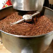 Točíme si kafe ☕ Tentokrát Panama Casa Ruiz 😋 . . #sicafecz #sicafe #prazirnajablunkov #prazirnakavy #jablunkov #panamacasaruiz #boquete #prazirna #coffee #coffeeroasters #coffeeroasting #prazenikavy #kava #cerstvakava #czechcoffee