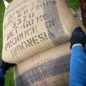 Let's Go💪🤪!! Indonesia Java Jampit je tady 🥰👌☕ . . . . #sicafe #sicafecz #prazirnakavy #prazime #prazirnajablunkov #prazirna #javajampit #coffeeroasters #coffee #czechcoffee #jablunkov #damesicafe #indonesiacoffee #kava